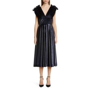 SALE 🔥 CHRISTIAN SIRIANO V-neck Velvet Midi Dress